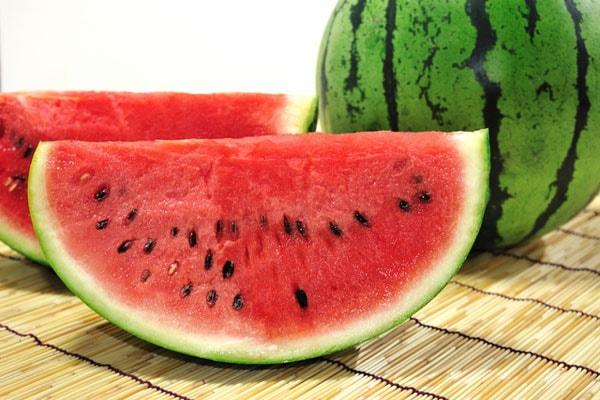 Lợi ích từ việc ăn dưa hấu đối với sức khỏe