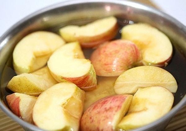 Cách giữ táo, lê không thâm, vẫn tươi ngon như ban đầu