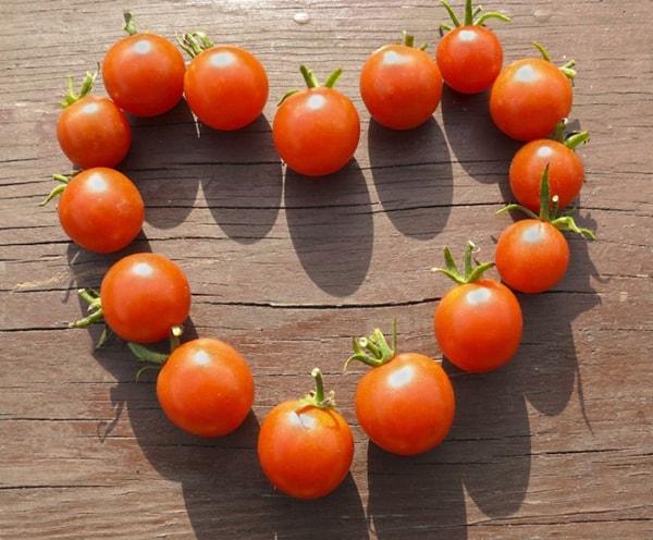 Giảm cân, làm đẹp da bằng cà chua cho dân văn phòng