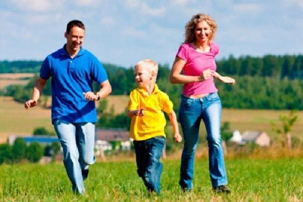 Khuyến khích trẻ khám phá cuộc sống, thế giới xung quanh