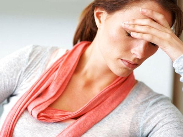 biểu hiện của bệnh suy tuyến giáp 1