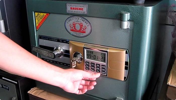 Dịch vụ sửa khóa két sắt tại quận Hoàng Mai nhanh gọn