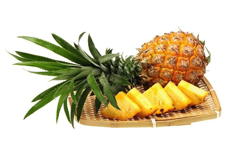 200gr dứa tươi chứa đến 131% vitamin C mỗi ngày cho cơ thể