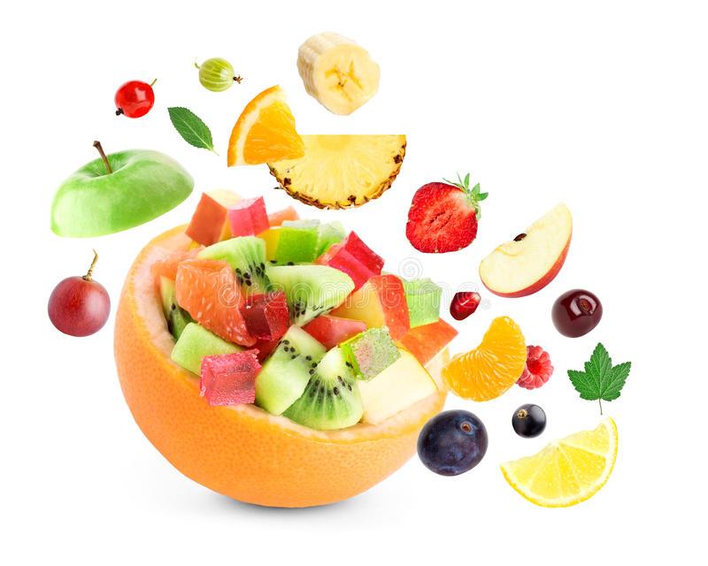 Để trái cây tươi lâu bạn nên sơ chế trước khi bảo quản
