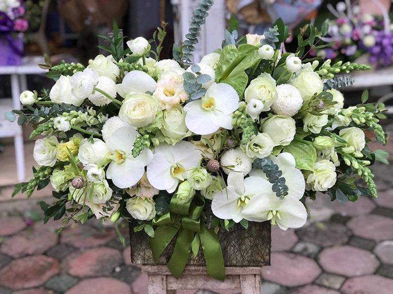 Giỏ hoa tươi xinh xắn của shop hoa tươi Anh Thư